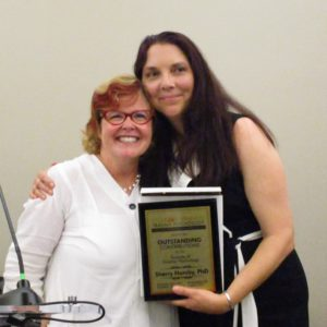 Sherry Hamby receives Outstanding Contributions to Science Award